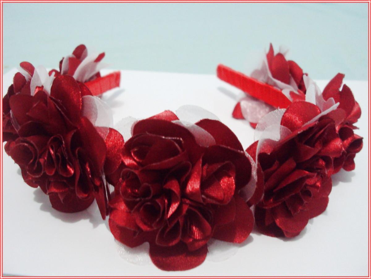 06 tiaras com flores frete grátis no Elo7  ee4ead7e2ff