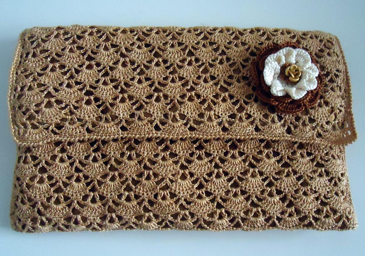 Bolsa De Mão Em Crochet : Carteira de m?o com flor crochet cafofo manual
