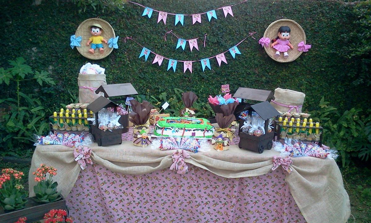 festa junina Fazendinha mesa de doces