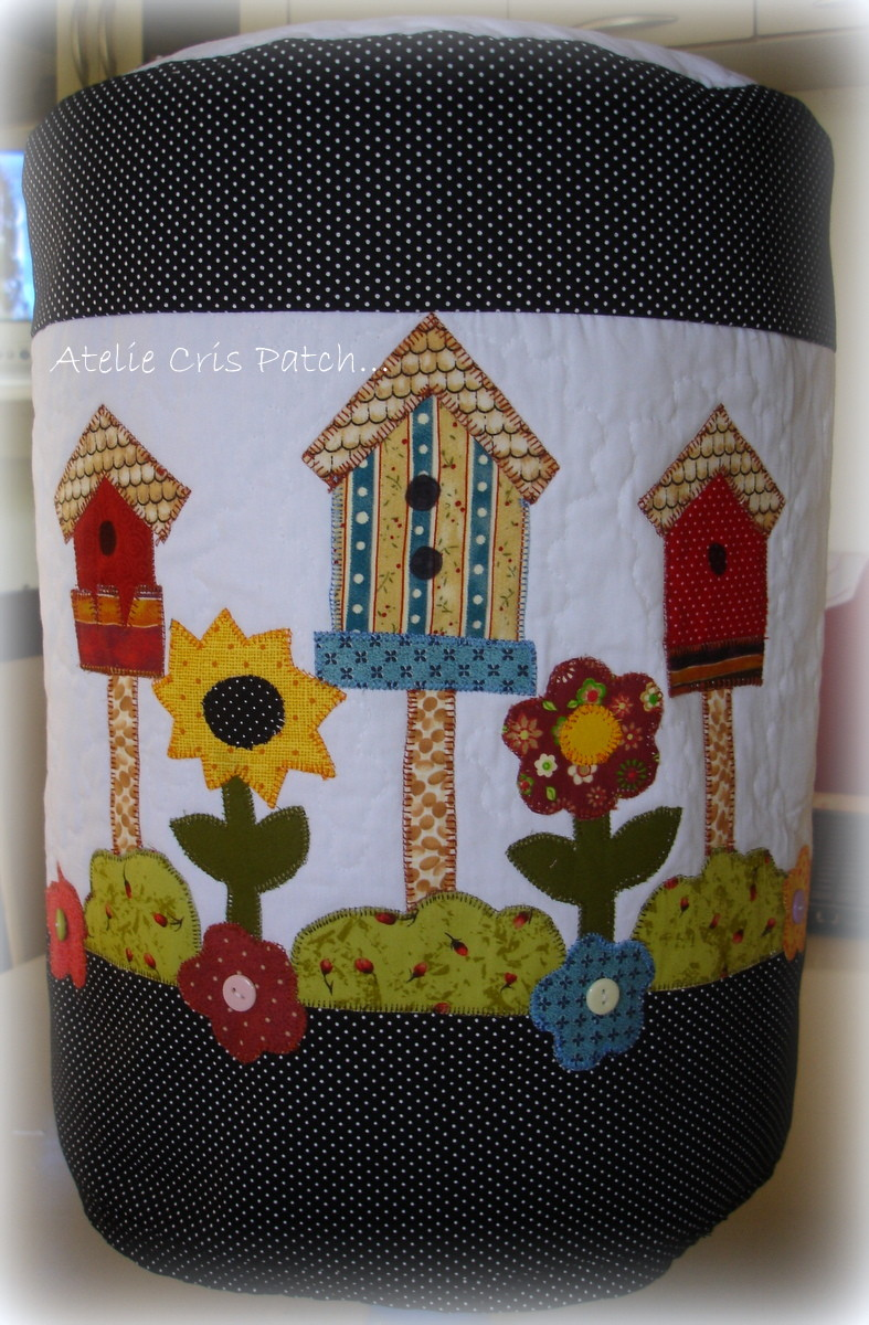 Capa gal o agua casa de passarinhos no elo7 ateli cris - Casas de patchwork ...