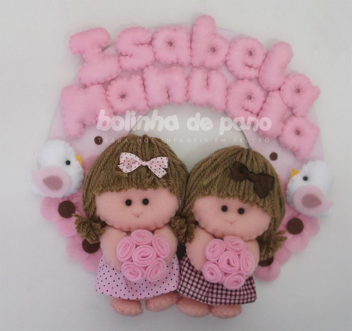 Enfeite Porta Maternidade Gêmeas 3 no Elo7   Bolinha de Pano (3E5B2F) 71a08613b8
