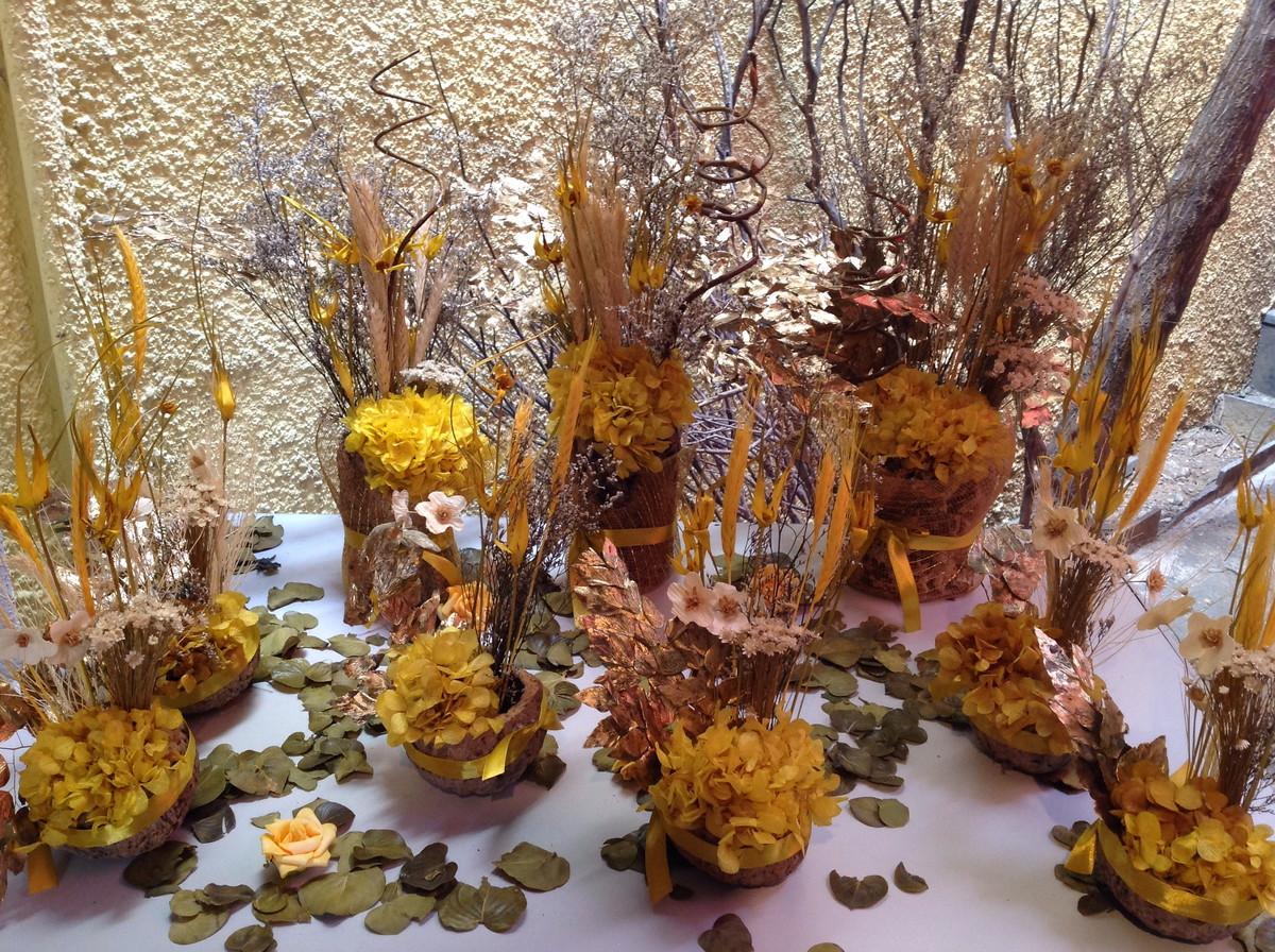 Enfeite De Outono ~ Kit festa amarela dourada rustica no Elo7 Rosamorena Artes Florais (45E13D)