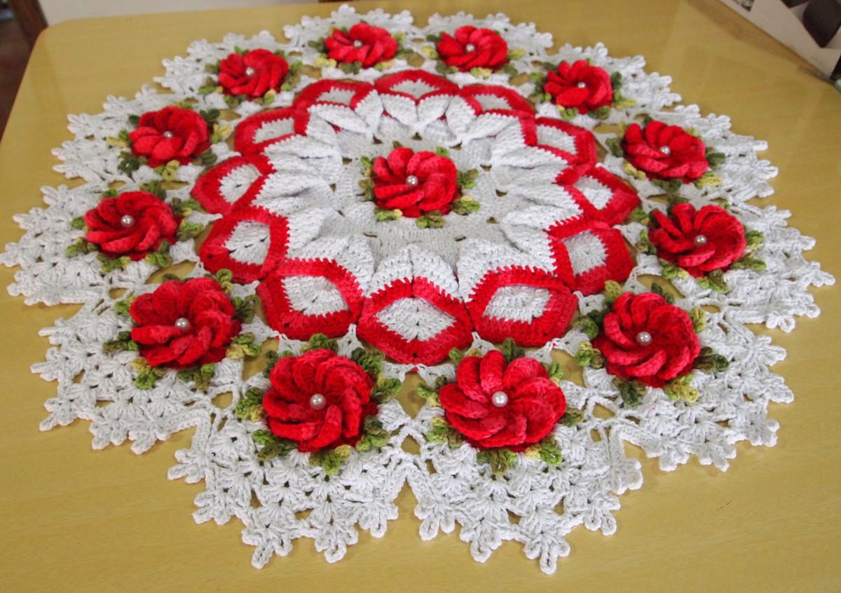 Centro tapete com borda torcida no elo7 croches da elsa - Tapetes para mesa ...