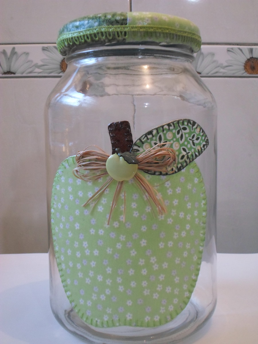 Pote de vidro patchwork em tecido no Elo7 Artesanatos da  -> Decorar Potes De Vidro Com Tecido