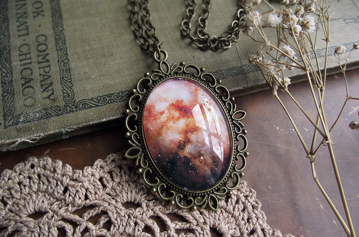 3879e92e672 Colar Camafeu Galaxy - Omega no Elo7