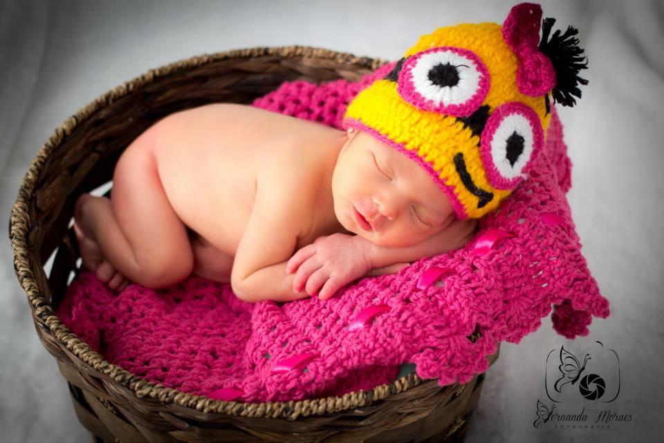 f756f53baaa36 Gorro newborn minions menina no Elo7