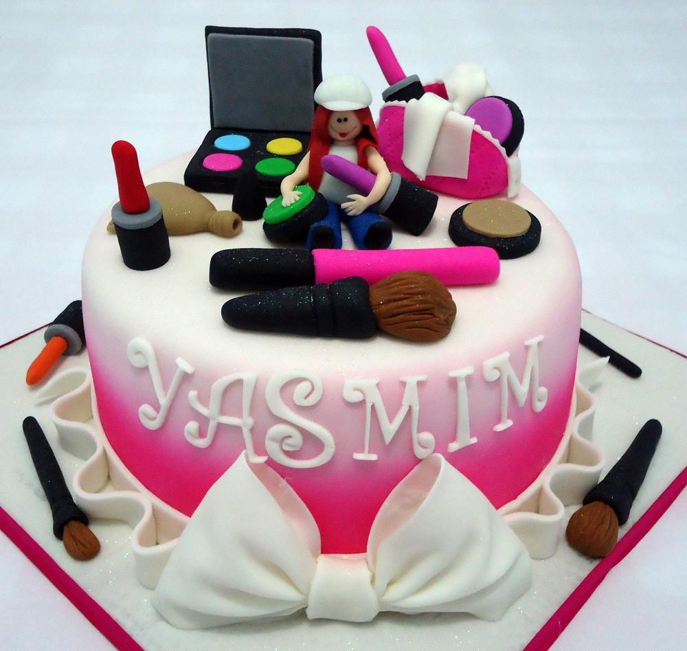 Makeup Cake Facebook