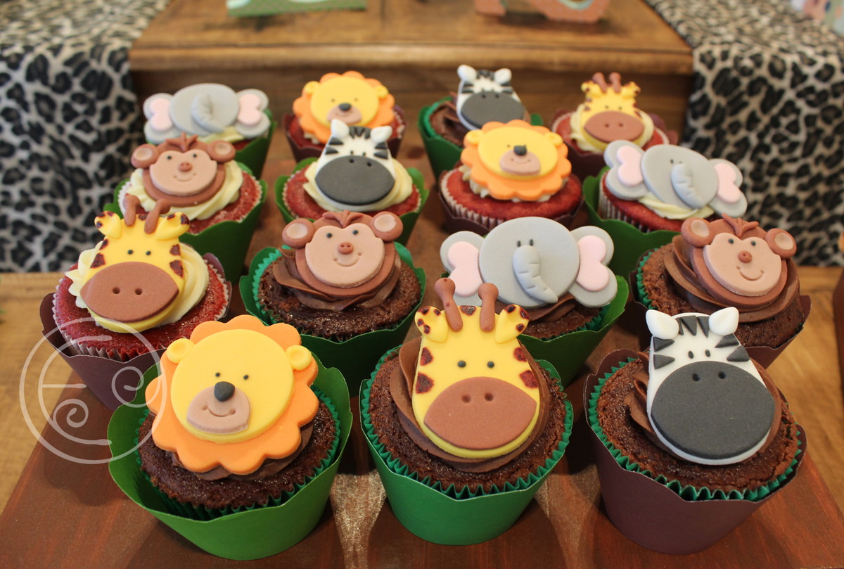 Cupcake Decorado Bichos Safari No Elo7 Erika De Caroli