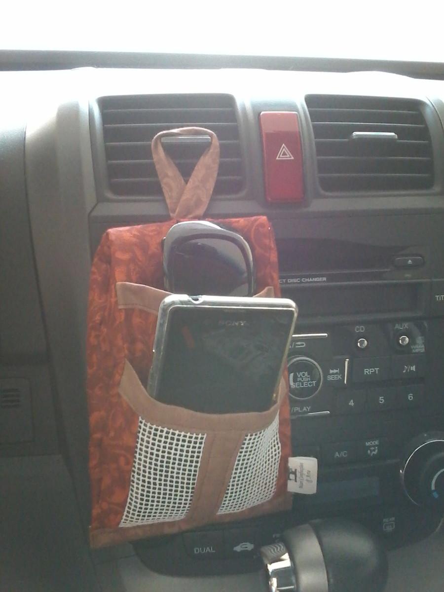 Porta-celular e óculos de carro no Elo7   Mari confecções e arte ... 3f5dcf6b3f