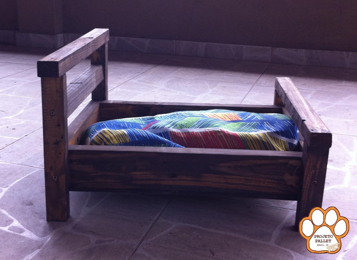 Cama de madeira para c es e gatos projeto pallet elo7 - Cama para gato ...