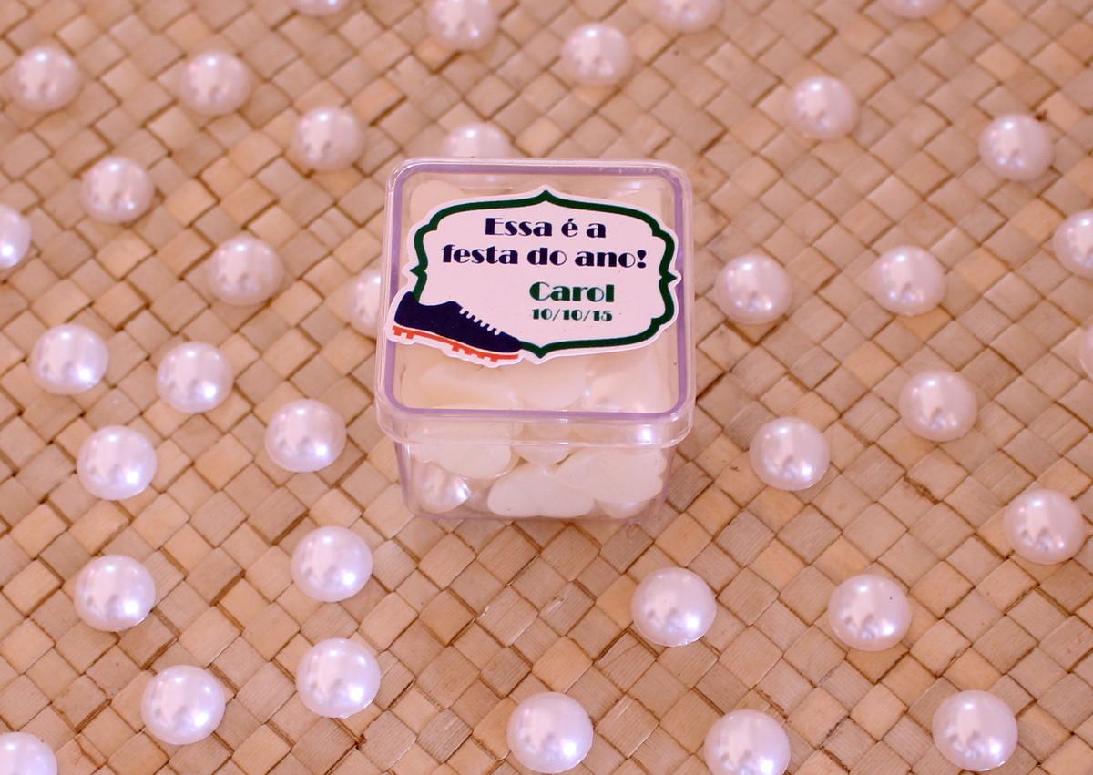 Caixinha de acrílico com texto - brasil - chuteira no Elo7  ecc79d89113c6