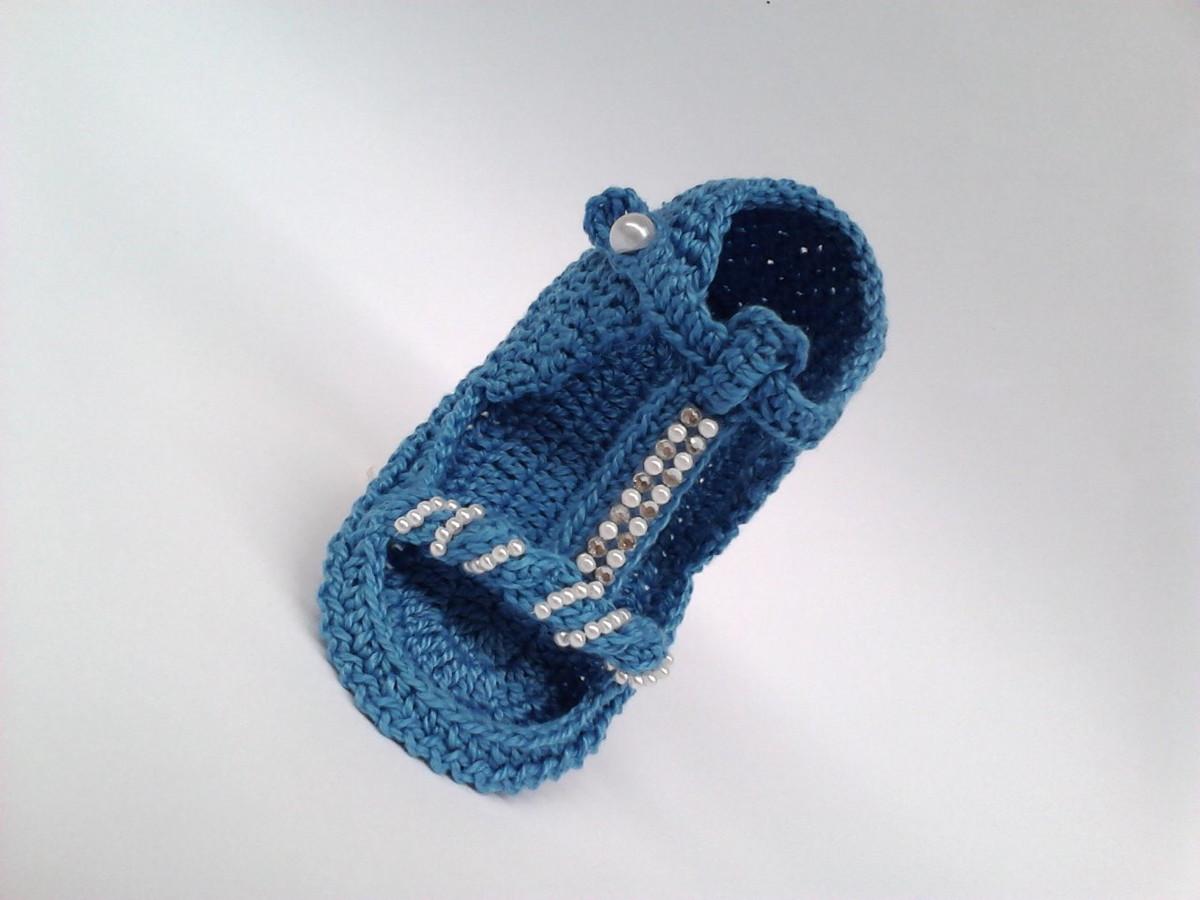 f757c94d8f A249 Sandalinha de croche azul de menina no Elo7
