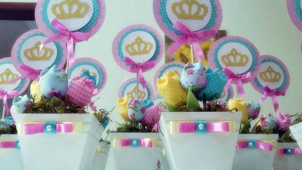 Centro de mesa princesas disney mimos da m elo7 - Mesas infantiles disney ...