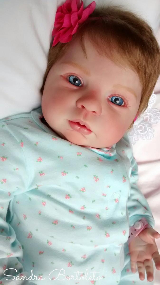 Quando o bebê sorri pela primeira vez?