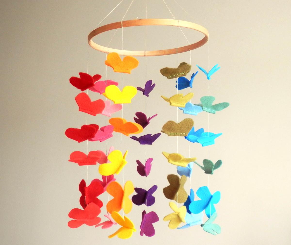 m bile em feltro m bile com borboletas no elo7 lajja decor 634866. Black Bedroom Furniture Sets. Home Design Ideas