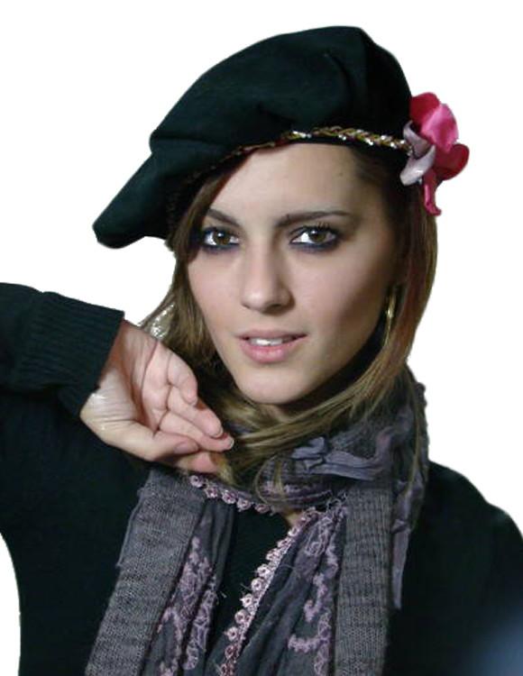 Boina Francesa Preta com Headband e Flor no Elo7  ecb30594144