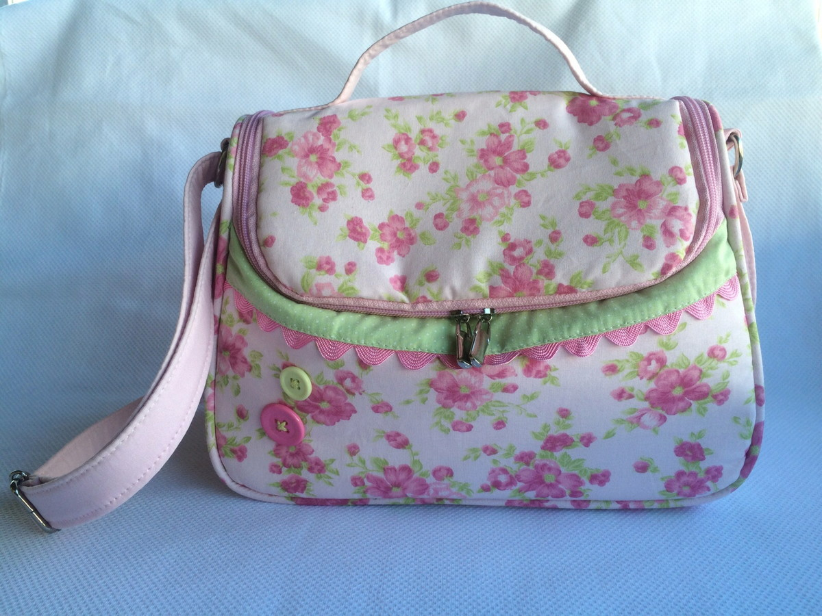 efb0a2635d8 Bolsa para bebê menina floral rosa no Elo7
