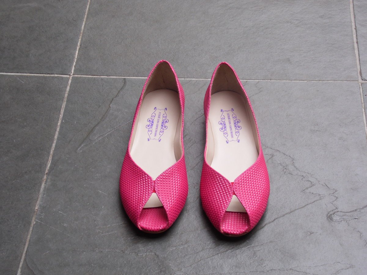 68fa7473ee Peep Toe - Mini Pirâmide Pink no Elo7