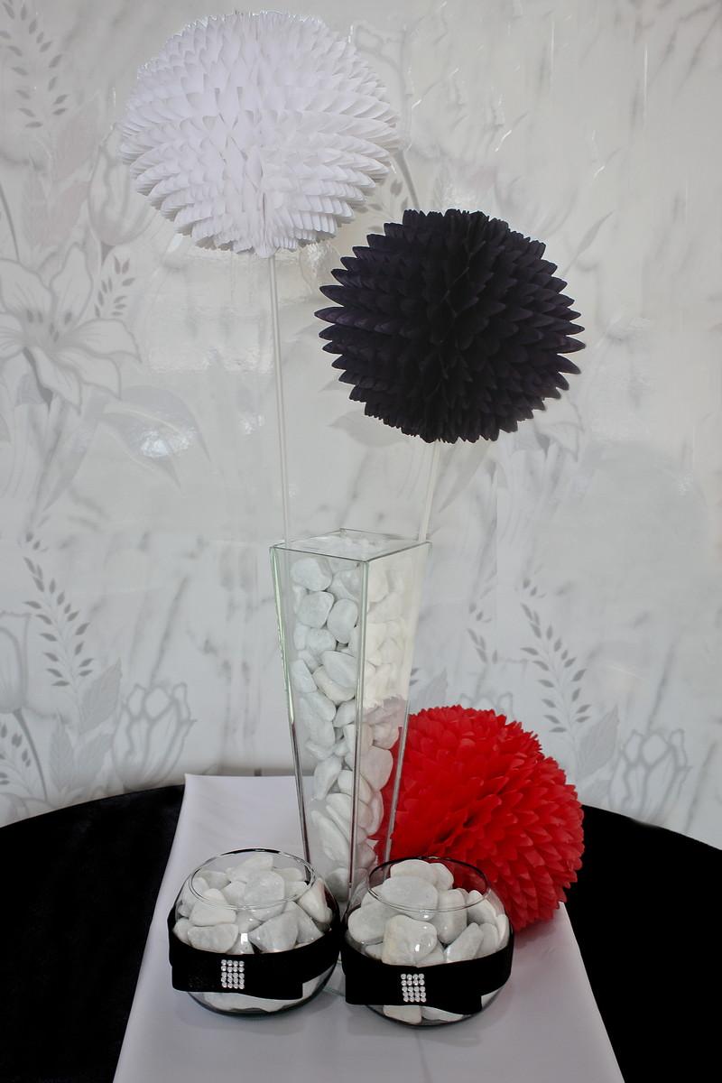 4a70f38dd9e51 Balão Pompom Bola Flores Papel Seda 13 cm - Chá de fralda. no Elo7 ...