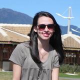 Daniele Nepomuceno avaliou Kit com 10 Óculos Sol Escuro Coloridos Adereços  para Festas - Aniversário 23 anos. 9aa04e0adf